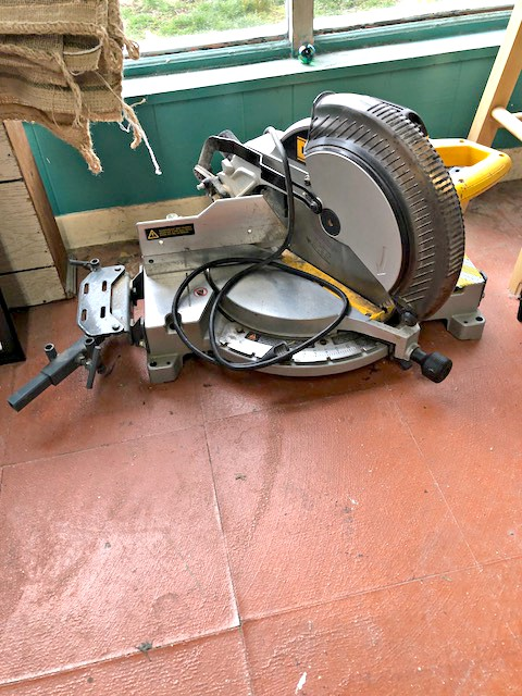 Used Framing Vises Mitre Saw And Sawdust Exhaust Fan