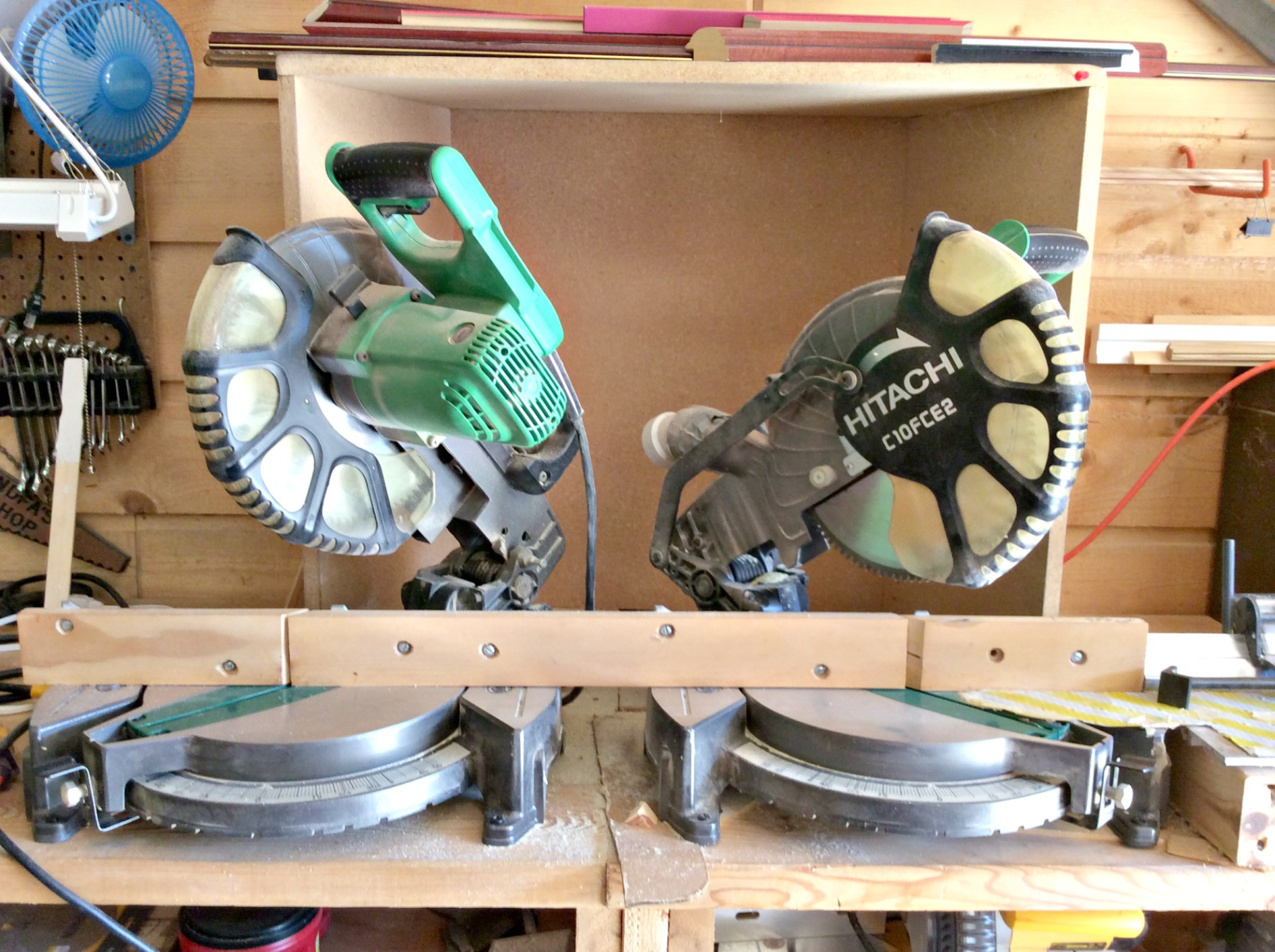 Double Hitachi Single Bevel Compound Miter Saw w/ Measuring Grids (used)  Item # UFE-3130