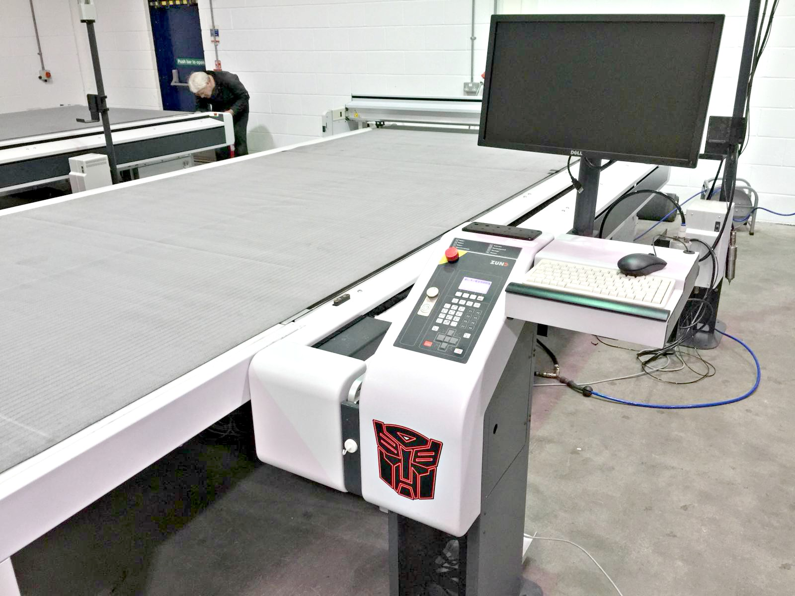 Zund G3 Digital Flatbed Cutter Router New And Used For Sale