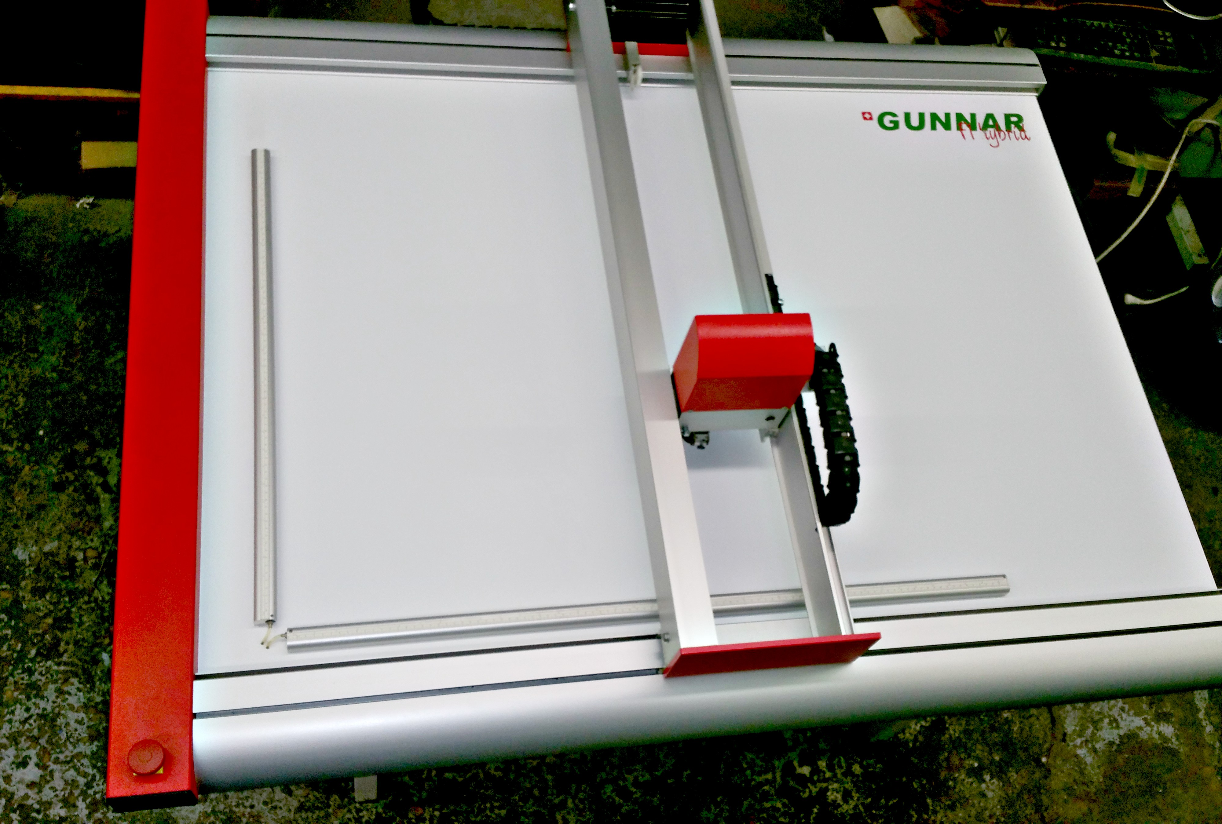 Used Gunnar F1 Hybrid M Cmc Computerized Mat Cutter For Sale